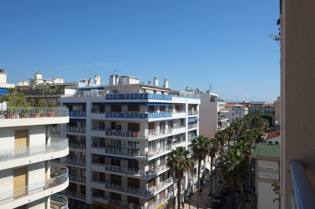 Location Appartement  2 pièces - 53.2m² 06600 Antibes