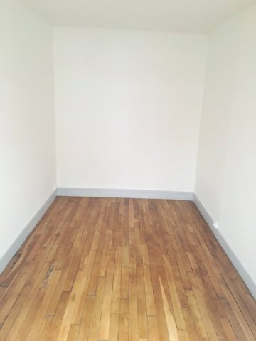 Location Appartement  - 45m² 75019 Paris